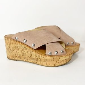Chinese Laundry | Platform Cork Cross Strap Sandal